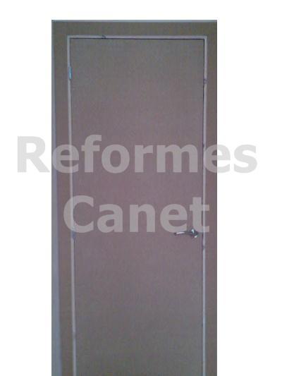 Tipos de puertas dm lisas lacadas cl sicas blindadas for Puertas dm lacadas en blanco